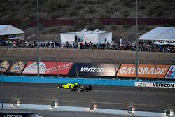 Simon Pagenaud, Team Penske Chevrolet, J.R. Hildebrand, Ed Carpenter Racing Chevrolet