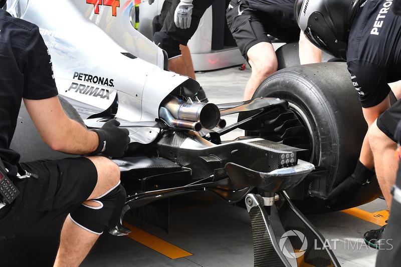 Mercedes-Benz F1 W08 Hybrid arka detay