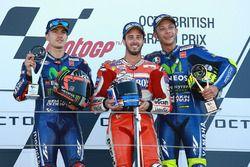 Podium: winnaar Andrea Dovizioso, Ducati Team, 2e plaats Maverick Viñales, Yamaha Factory Racing, 3e
