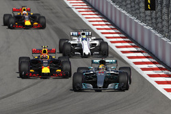 Lewis Hamilton, Mercedes AMG F1 W08, Max Verstappen, Red Bull Racing RB13, Felipe Massa, Williams FW