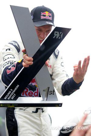 Yarış galibi Mattias Ekström, EKS, Audi S1 EKS RX Quattro