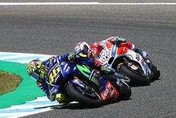 Валентино Росси, Yamaha Factory Racing, и Данило Петруччи, Pramac Racing