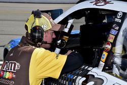 Kyle Busch, Joe Gibbs Racing Toyota crew chief Ben Beshore