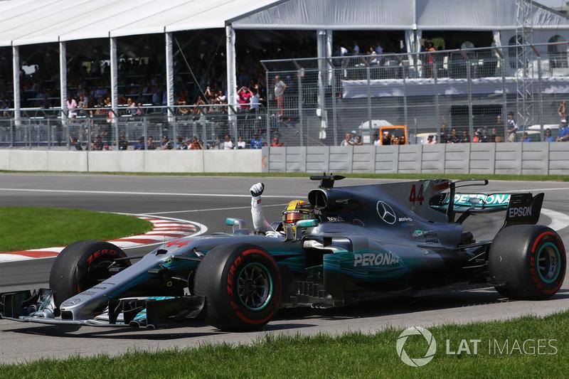 2017: Lewis Hamilton, Mercedes AMG F1 W08