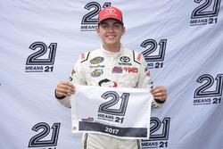 Polesitter Noah Gragson, Kyle Busch Motorsports Toyota