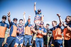 #14 Red Bull KTM Factory Racing: Sam Sunderland y #16 Red Bull KTM Factory Racing: Matthias Walkner