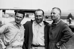 Hans Herrmann, Mercedes; Juan Manuel Fangio, Mercedes; Karl Kling, Mercedes