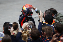 Max Verstappen, Red Bull, celebrates in Parc Ferme with his team and his father Jos Verstappen