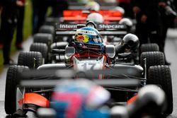 De helm van Harrison Newey, Van Amersfoort Racing Dallara F317 - Mercedes-Benz