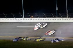 Crash: Austin Cindric, Brad Keselowski Racing Ford; Clay Greenfield, Chevrolet; John Hunter Nemechek