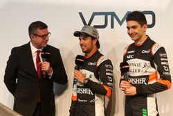 David Croft with Sergio Perez and Esteban Ocon at the Sahara Force India launch