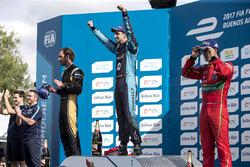 Podio: il vincitore della gara Sébastien Buemi, Renault e.Dams; il secondo classificato Jean-Eric Vergne, Techeetah; il terzo classificato Lucas di Grassi, ABT Schaeffler Audi Sport