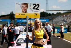 Chica de la parrilla de Lucas Auer, Mercedes-AMG Team HWA, Mercedes-AMG C63 DTM