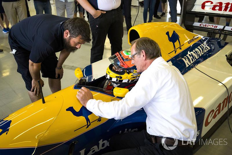 Dickie Stanford, Karun Chandhok, Williams FW14B Renault