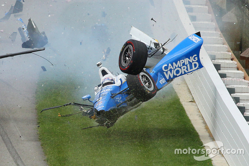 Choque de Scott Dixon, Chip Ganassi Racing Honda