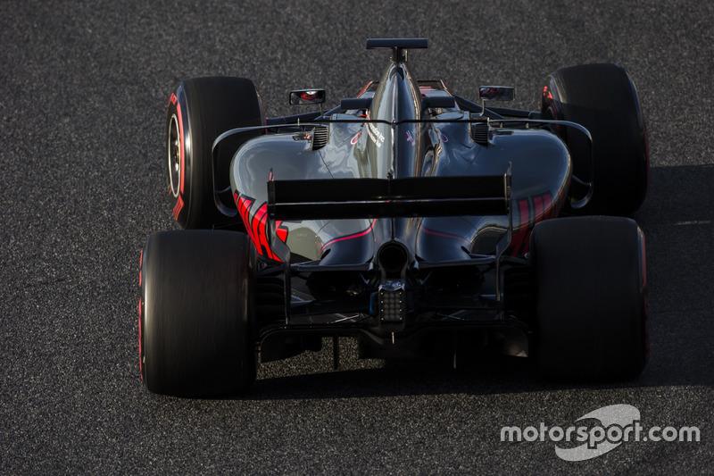 Mardi : Kevin Magnussen, Haas