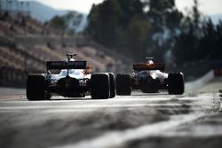 Стоффель Вандорн, McLaren MCL32, и Макс Ферстаппен, Red Bull Racing RB13