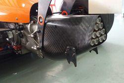 Rear jack points, Formula 4 SEA Mygale M14-F4
