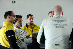 Paul Dalla Lana and Pedro Lamy, Aston Marting Racing with Dunlop engineers