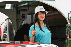 Chocon Medio Grid Girl