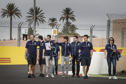 Sébastien Buemi, Renault e.Dams and Nicolas Prost, Renault e.Dams walks the track with the team