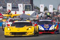 Антонио Гарсия, Ян Магнуссен и Майк Роккенфеллер, #3 Corvette Racing Chevrolet Corvette C7.R