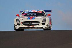 #33 Mishumotors, Mercedes SLS AMG GT3: Mirco Schultis, Renger van der Zande, Patrick Simon, Alex Kap