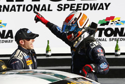 Ganador Billy Johnson, Scott Maxwell, Multimatic Motorsports celebra