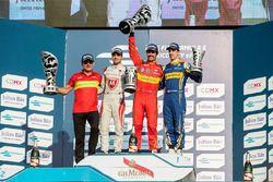 Podio: ganador Lucas di Grassi, ABT Schaeffler Audi Sport, segundo lugar Jérôme d ' Ambrosio, Dragon