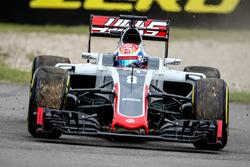 Romain Grosjean, Haas F1 Team VF-16 va largo