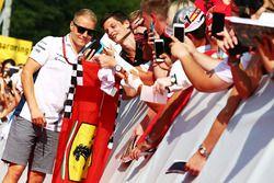 Valtteri Bottas, Williams with fans