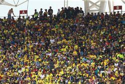 Des fans de Valentino Rossi dans le public de Sepang