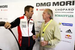 #2 Porsche Team Porsche 919 Hybrid: Romain Dumas with Jacques Laffitte