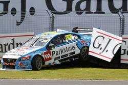 Scott McLaughlin, Garry Rogers Motorsport Volvo crash
