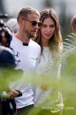 Jenson Button, McLaren met vriendin Brittny Ward