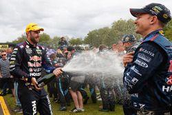 2. Shane van Gisbergen, Triple Eight Race Engineering Holden