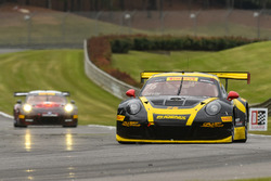 #76 Calvert Dynamics Porsche 911 GT3R: Andrew Davis