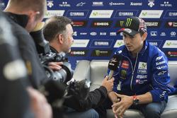 Jorge Lorenzo, Yamaha Factory Racing avec les médias