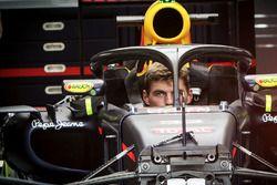 Max Verstappen, Red Bull Racing RB12 con el Halo