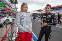 #60 Formula Racing Ferrari 458 Italia: Christina Nielsen and #88 Abu Dhabi Proton Competition Porsch