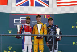 Podium : le vainqueur Jack Aitken, Arden International, le deuxième Antonio Fuoco, Trident, le troisième Santino Ferrucci, DAMS