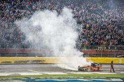 Choque de Tony Stewart, Stewart-Haas Racing Chevrolet
