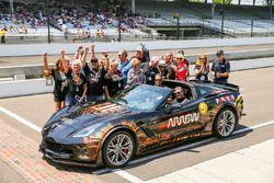 Sam Schmidt am Steuer einer Chevrolet Corvette