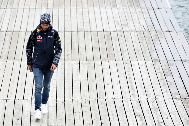 Daniel Ricciardo, Red Bull Racing leaves the circuit