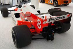 1984 McLaren MP4-2/2 gereden door Niki Lauda