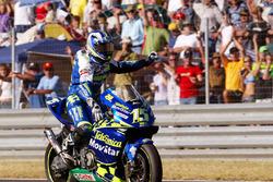 Race winner Sete Gibernau, Telefónica Movistar Honda
