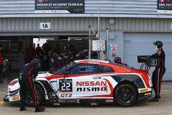 #22 Nissan GT Academy Team RJN, issan GT-R Nismo GT3: Romain Sarazin, Matthew Simmons, Sean Walkinsh