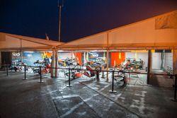 Van Amersfoort, team tent at night
