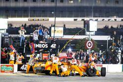 Pit stop, Kyle Larson, Chip Ganassi Racing, Chevrolet