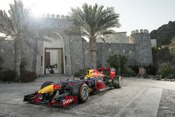 Red Bull Racing, Oman'da gösteride